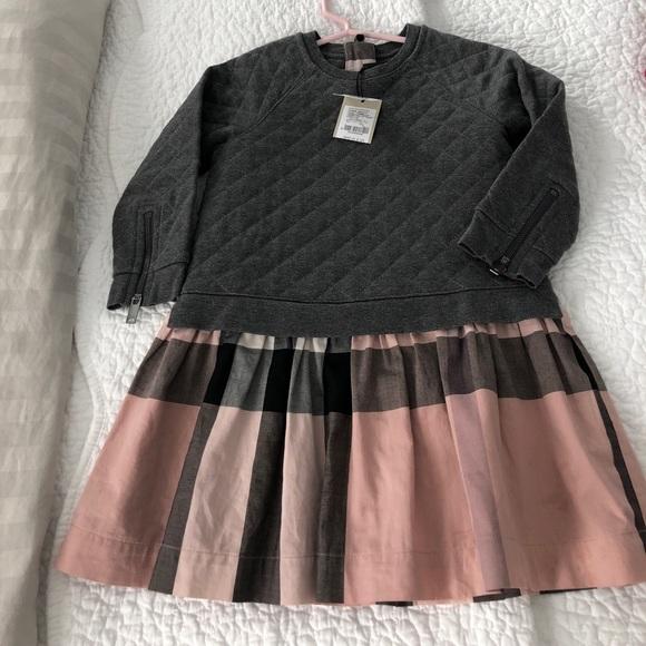 b7b5b10e24 Little girls grey Burberry dress